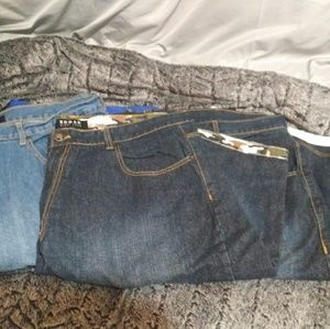Koman jean shorts lot of 3